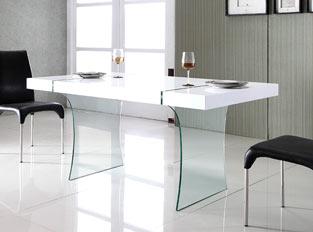Mélange design de verre et de bois