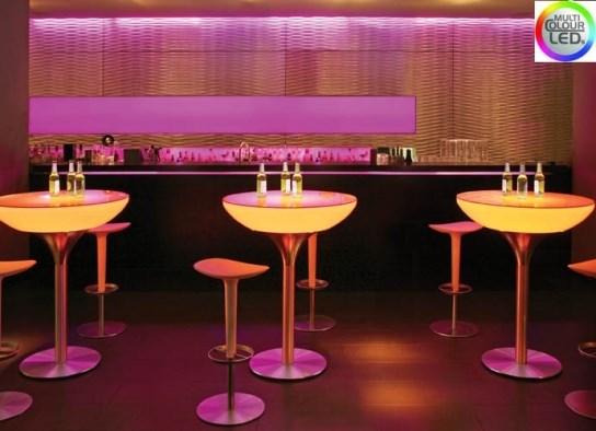 Table haute lounge 105 à LED et batterie rechargeable