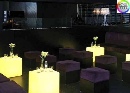 Cube lumineux à LED pour un usage intérieur
