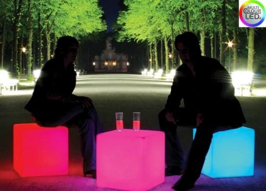 Cube lumineux à LED pour un usage extérieur