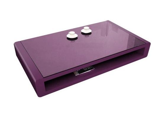 En bois laqué et plateau en verre violet